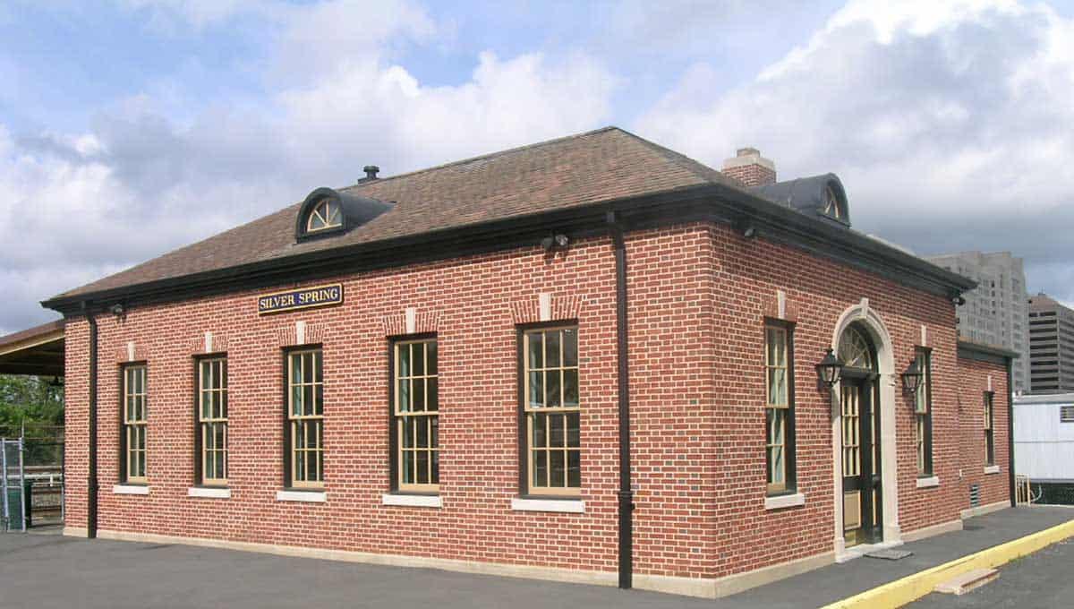 Silver_Spring_Baltimore_&_Ohio_Railroad_Station-2